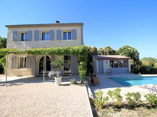 Holiday Villa 6p. 5 km to Uzès, private pool