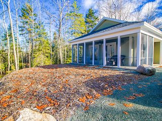 Brand new cottage with a screened porch & woodland views - close to Acadia!