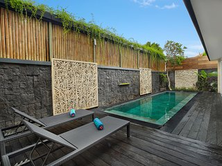 1 Bedroom Private Pool Villa in Legian