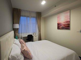 Unixx Pratumnak Elegant 1-BR Apartment