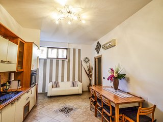 Sorrento center APPARTAMENTO IRIS free wifi, walking distance to town