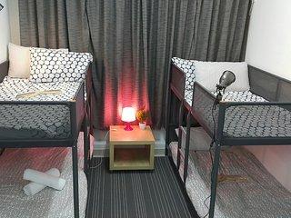 Fantastic 1 bedroom apt Downtown Sleeps 4ppl 9E2, Hong Kong