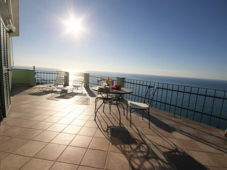 LOFT WITH TERRACE AND BEAUFIFUL SEA VIEW | AP03, Poggi