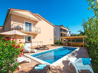 HOLIDAY HOME WITH POOL AND GARDEN