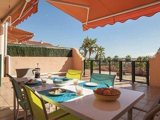 Elegant 2BR Sea View Apartment with Big Terrace, Mijas