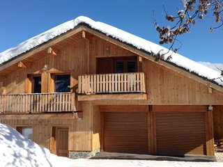 CHALET MERIBEL  160M2  12 PERSONNES LABEL MERIBEL 4 ETOILES, Meribel