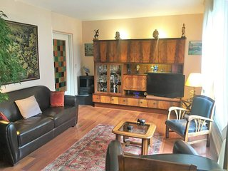2bdr Flat with Private Rooftop next to Montmartre, Paris