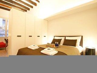 GowithOh - 19390 - Pop Art Loft apartment in Barcelona - Barcelona