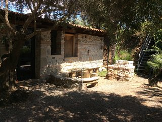 Wonderful villa in lush greenery beach close