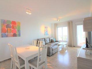 Superbe appartement 3 chambres sur le port d'Estepona UNIQUE