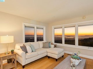 Furnished 1-Bedroom Home at Grizzly Peak Blvd & Grizzly Terrace Dr Oakland
