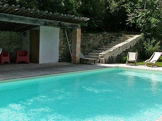 Chateau to rent in South France, 9 bedrooms sleeps 22 with private pool
