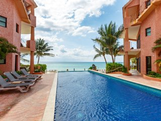Luna Encantada D3 - Beach Front Penthouse Unbeatable Location!!, Playa del Carmen