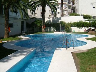 Apartment Granada 200 Mtrs from the Balcon and Torrecilla Beach