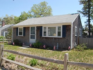30 Shirley Ave - ID# 122 - Cute cottage that's Dog Friendly, Dennis Port