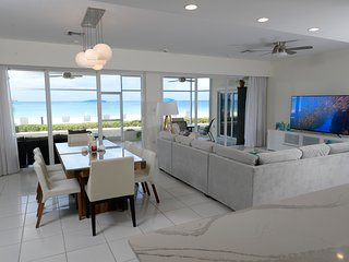 Laguna del Mar:  Prime Seven Mile Beach location ground floor beachfront