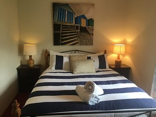 SA Holiday House: 'Sea Breeze' - Pet Friendly - Middleton