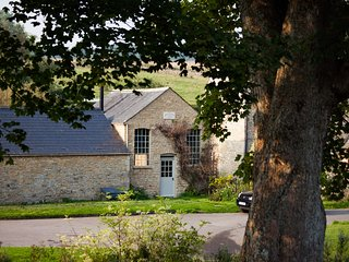 Converted Chapel sleeping 2 in the most beautiful village in the Cotswolds, The Slaughters