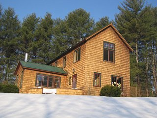 Southern Vermont Hideaway for skiers, writers, artists, romantics, Brookline