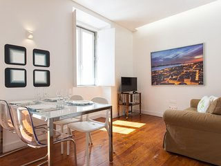 Spacious Castelo Modern  apartment in Castelo with WiFi., Lisbonne