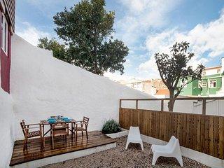 Sun Terrace Graça I apartment in Graça with WiFi & privéterras.
