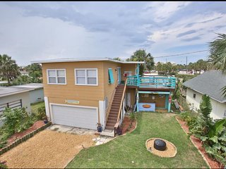 Watch the waves from your private deck!, Daytona Beach
