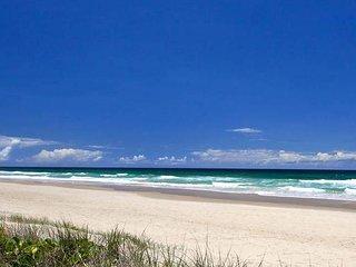 'Magnificent Beachfront Home Noosa'