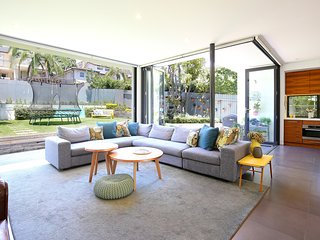 Relax in this stylish 4 bed family home with pool, Cammeray