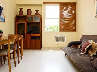 Leblon - 2 bedrooms and 2 bathrooms RGU67/305