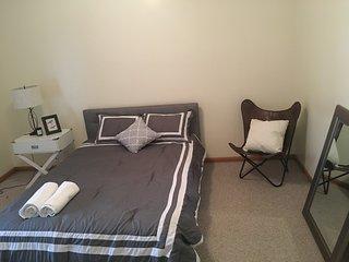 Urkrainian Village 3 bedroom 2 bathroom condo, Chicago