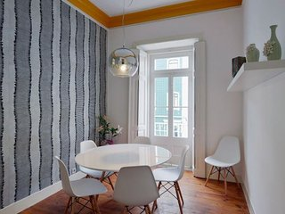 Cozy Terrace apartment in Pena {#has_luxurious_am…, Lisboa