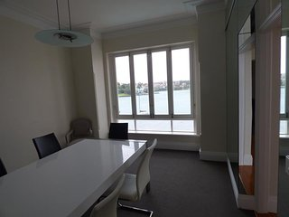 KIRR6 - Waterfront 3 bedroom executive apartment