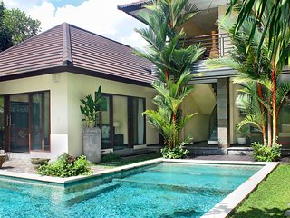 Three-Bedroom Villa Uma Daun