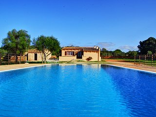 Beautiful Villa Ocean in Llucmajor, lovely for families.