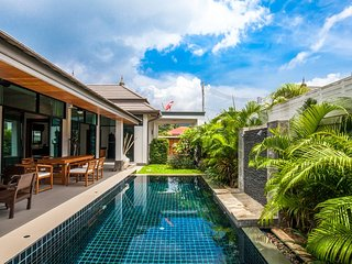 Brand new 3 Bedrooms Pool Villa No.2 in Rawai