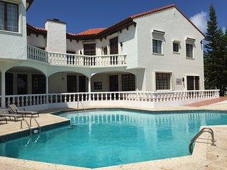 Villa Eleanor - Gated Star Island Celebrity Life