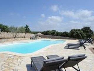 résidence Canava ,mini Villas et chalets de rêve avec piscine commune