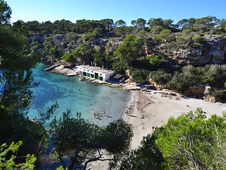 BEACH HOUSE 2, CALA PI