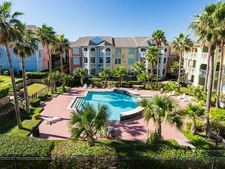 Area Not Impacted by Hurricane: 2BR Galveston Condo on the Seawall w/Pool