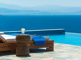 Stunning VIP Luxury seafront designer villa with private access to the sea