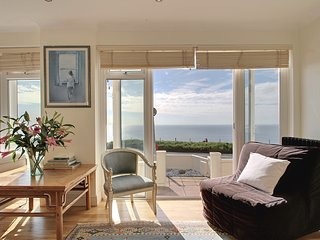Cliff Top - Direct Seaview House