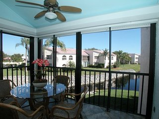 Stunning 3/2 Condo in Beachwalk! Minutes from the Beach!!