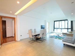 Two Bed Marina Residences Apt-HugeWaterfrontTerrace