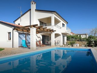 Villa Nira - Istrian holyday house with private pool