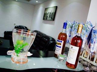 Luxury Apartment Bucharest - Accommodates up to 4