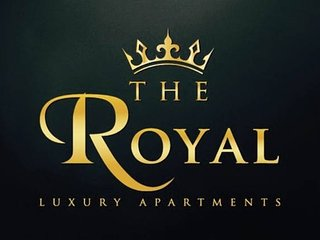 The Royal luxury Apartment with lion patio