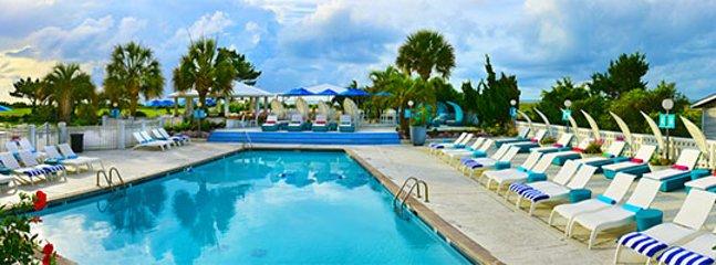 Charming Oceanfront Cottage with Blockade Runner Beach Resort Amenities