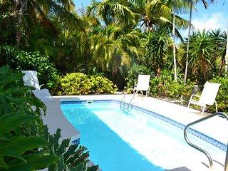 P85 ~ Smooth Sailing - Tropical Single Family, pool home, Maratona