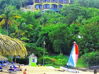 """OUR BEACHFRONT VILLA"", Gros Islet"