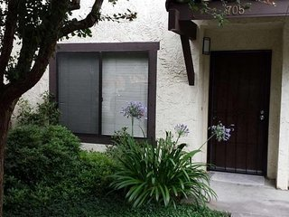 Furnished 2-Bedroom Condo at San Pablo Dam Rd & Del Valle Cir El Sobrante, Richmond
